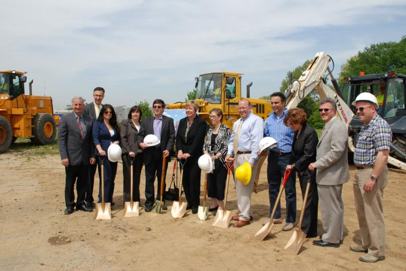 Ground breaking ceremony for a new Zwanger-Pesiri Radiology facility, Levittown
